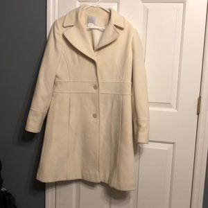 Cream Worthington Coat. Medium.